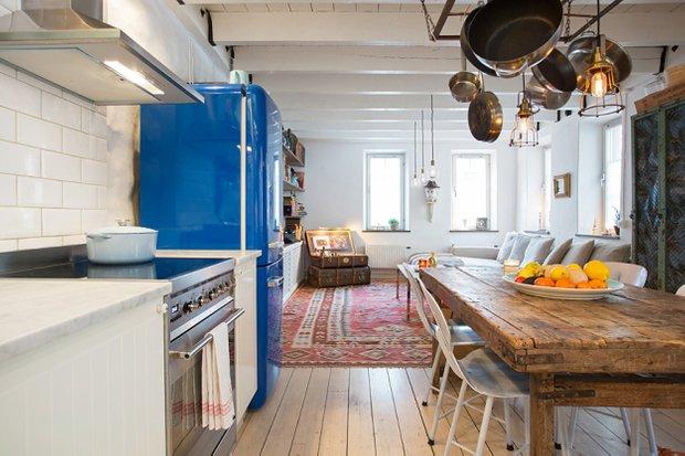 Фотография: Кухня и столовая в стиле Прованс и Кантри, Лофт, Скандинавский, Дом, Дома и квартиры – фото на INMYROOM
