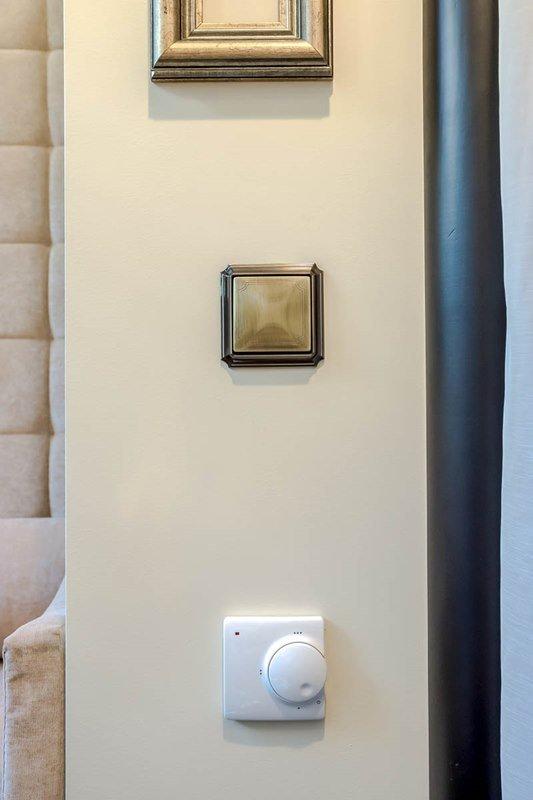 Фотография: Декор в стиле Современный, Спальня, Декор интерьера, Интерьер комнат, Баухауз – фото на INMYROOM
