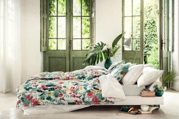 Фотография: Спальня в стиле Минимализм, Гид – фото на INMYROOM