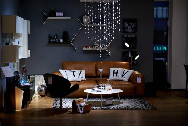 Фотография: Гостиная в стиле Современный, Эклектика, Декор интерьера, BoConcept, Мебель и свет, Индустрия, События, Кулинарная студия Clever, Мягкая мебель – фото на INMYROOM