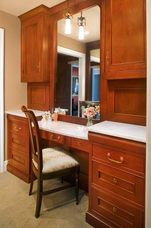 Фотография: Мебель и свет в стиле Классический, Гардеробная, Хранение, Интерьер комнат – фото на INMYROOM
