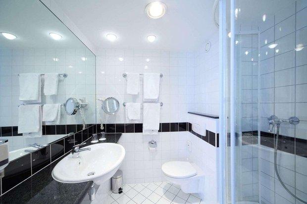 Фотография: Ванная в стиле Современный, Кухня и столовая, Советы, Ремонт на практике – фото на INMYROOM