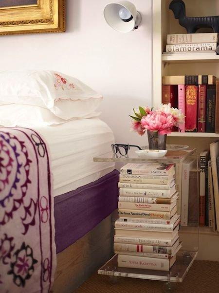 Фотография: Мебель и свет в стиле Прованс и Кантри, Спальня, Декор интерьера, Стол – фото на INMYROOM