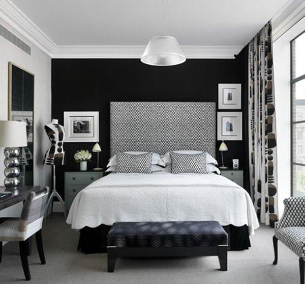 Фотография: Спальня в стиле Восточный, Эклектика, Классический, Декор интерьера, Интерьер комнат, Цвет в интерьере, Белый, Черный, Серый – фото на INMYROOM