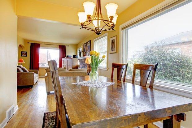 Фотография: Кухня и столовая в стиле Прованс и Кантри, Дом, Дома и квартиры, Дача, Dulux – фото на InMyRoom.ru