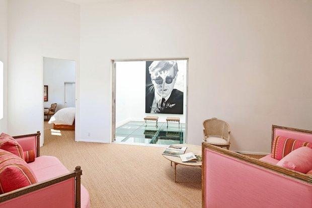 Фотография: Гостиная в стиле Современный, Дома и квартиры, Интерьеры звезд – фото на INMYROOM