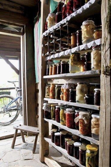 Фотография: Прочее в стиле Прованс и Кантри, Кухня и столовая, Дом, Интерьер комнат – фото на INMYROOM