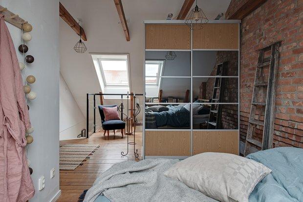 Фотография: Спальня в стиле Скандинавский, Декор интерьера, Квартира, Швеция, Гетеборг, скандинавский интерьер, Отделка стен, интерьер с кирпичной кладкой, 2 комнаты, 60-90 метров – фото на INMYROOM