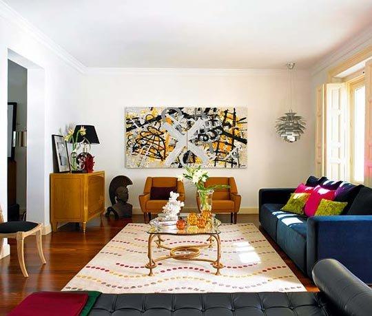 Фотография: Гостиная в стиле Современный, Эклектика, Декор интерьера, Декор дома, Цвет в интерьере, Геометрия в интерьере – фото на INMYROOM