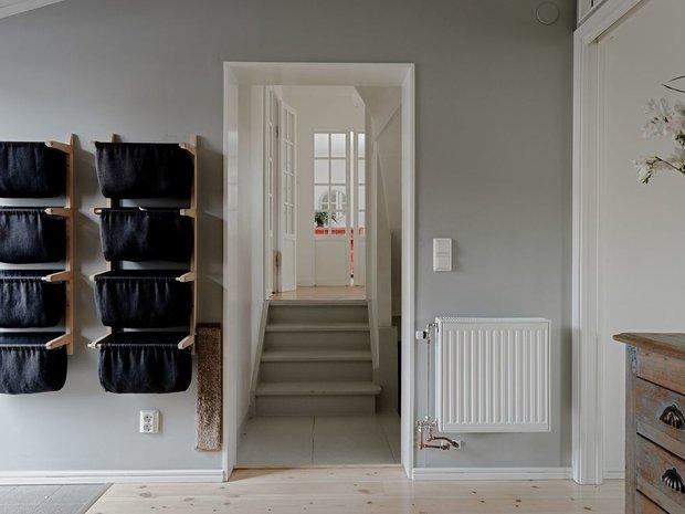 Фотография: Прихожая в стиле Скандинавский, Минимализм, Дом и дача, 4 и больше, Более 90 метров – фото на INMYROOM