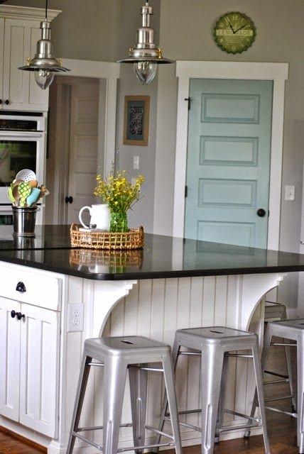 Фотография: Кухня и столовая в стиле Прованс и Кантри, Декор интерьера, Аксессуары, Декор, Белый, Черный, Желтый, Серый, Бирюзовый – фото на INMYROOM