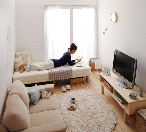 Фотография: Терраса в стиле Лофт, Советы, как совместить спальню с гостиной, как обустроить в одной комнате две зоны, зонирование комнаты – фото на INMYROOM