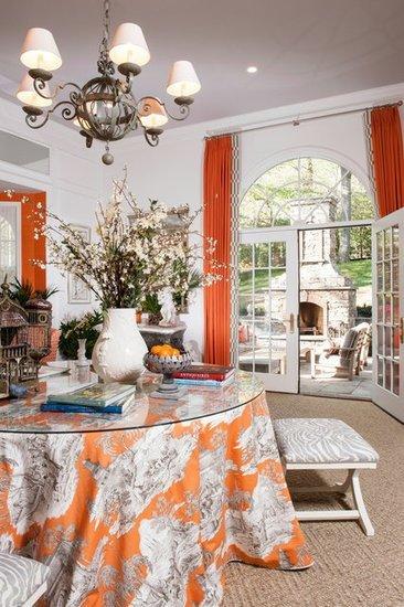 Фотография: Кухня и столовая в стиле Прованс и Кантри, Классический, Современный, Декор интерьера, Дизайн интерьера, Цвет в интерьере, Оранжевый – фото на InMyRoom.ru