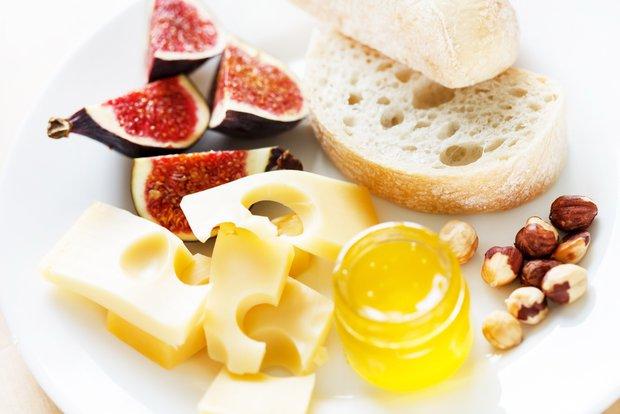 Фотография:  в стиле , Завтрак, Перекусить, Французская кухня, Кулинарные рецепты – фото на INMYROOM