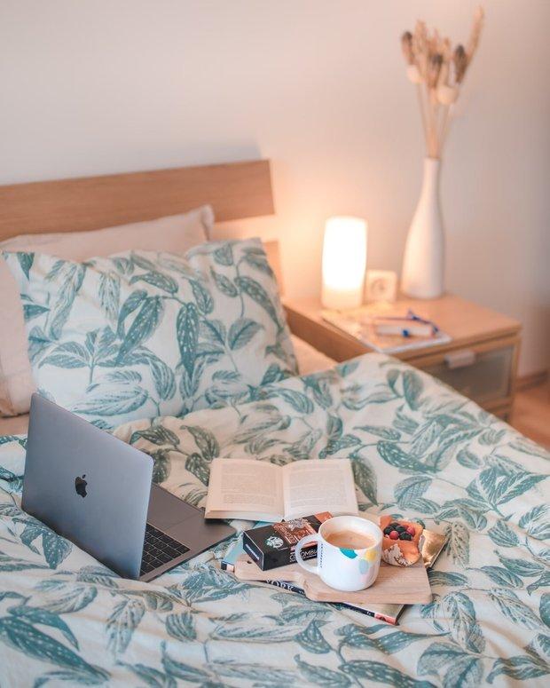 Фотография: Спальня в стиле Скандинавский, Советы, хранение вещей, Маленькая спальня, Елена Дорофеева – фото на INMYROOM