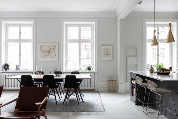 Фотография: Гостиная в стиле Современный, Скандинавский, Эклектика, Декор интерьера, Квартира, Швеция, Бежевый, Стокгольм, кухня-гостиная с барной стойкой, Как оформить кухню в современном стиле, 4 и больше, Более 90 метров – фото на INMYROOM
