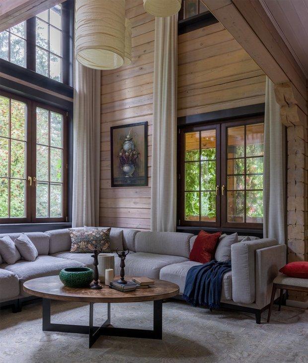 Фотография: Гостиная в стиле Современный, Советы, пластиковые окна, как утеплить окна в квартире, REHAU, Безопасный дом, как сделать дом комфортным – фото на INMYROOM