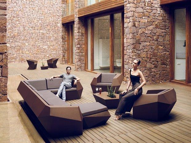 Фотография: Гостиная в стиле Современный, Интерьер комнат, Joquer, Sancal, Vondom, Тема месяца, Диван – фото на INMYROOM