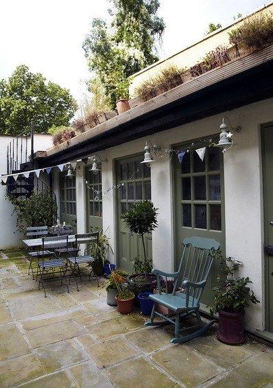 Фотография: Терраса в стиле Прованс и Кантри, Дом, Дома и квартиры, Лондон – фото на INMYROOM