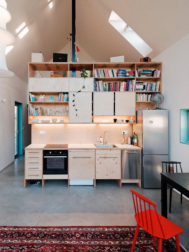 Фотография: Кухня и столовая в стиле Лофт, Декор интерьера, Дом, Мебель и свет, Минимализм – фото на INMYROOM