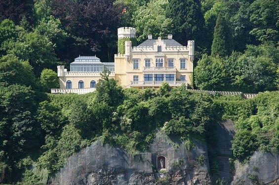 Фотография: Гостиная в стиле , Дом, Германия, Дома и квартиры, Замок – фото на INMYROOM