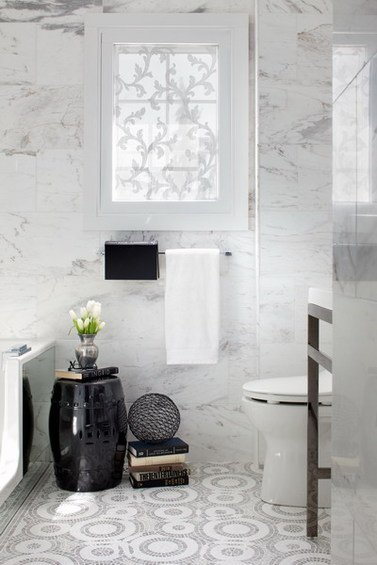 Фотография: Ванная в стиле Классический, Декор интерьера, Декор дома, Пол – фото на INMYROOM