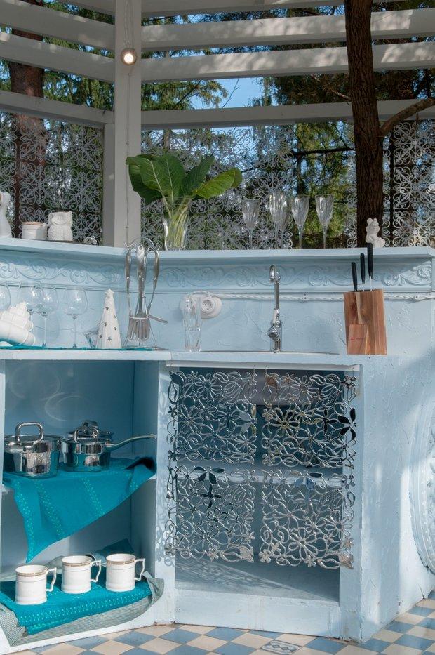 Фотография: Балкон, Терраса в стиле Прованс и Кантри, Дом, Дома и квартиры, Беседка, Барная стойка – фото на INMYROOM