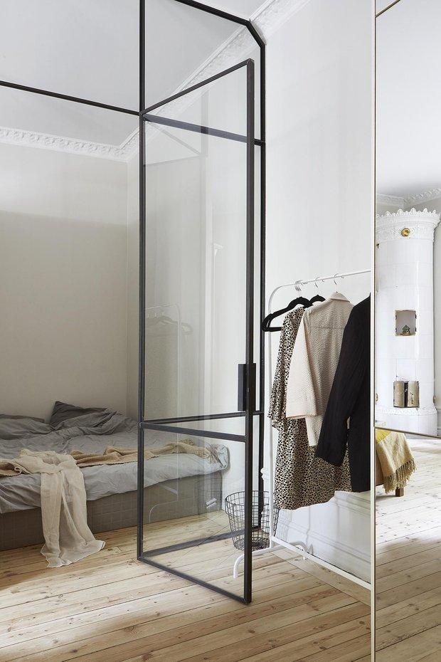 Фотография: Спальня в стиле Эклектика, Скандинавский, Декор интерьера, Малогабаритная квартира, Квартира, Студия, Швеция, Стокгольм – фото на INMYROOM