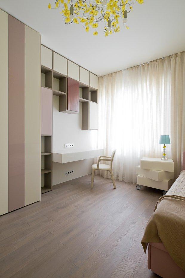 Фотография: Спальня в стиле Минимализм, Классический, Квартира, Проект недели, Москва, Бежевый – фото на INMYROOM