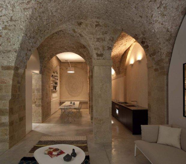 Фотография:  в стиле Восточный, Кухня и столовая, Декор интерьера, Мебель и свет, Дача – фото на INMYROOM
