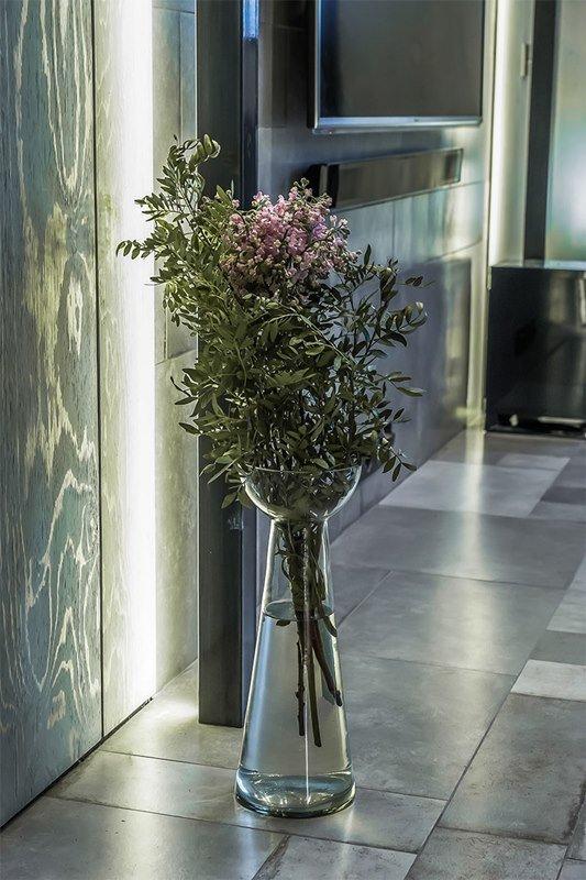 Фотография: Флористика в стиле , Интерьер комнат, Переделка, Индустриальный – фото на INMYROOM