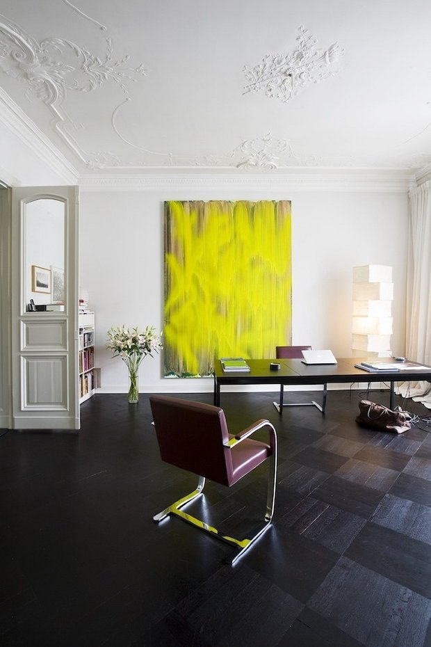 Фотография: Офис в стиле Классический, Современный, Эклектика, Декор интерьера, Дизайн интерьера, Цвет в интерьере, Желтый, Розовый, Оранжевый, Неон – фото на INMYROOM