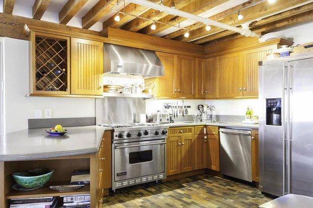 Фотография: Кухня и столовая в стиле Прованс и Кантри, Современный, Хай-тек, Квартира, Дома и квартиры – фото на INMYROOM