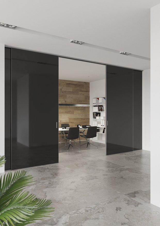 Фотография: Офис в стиле Минимализм, Гид, Зонирование, UNION, раздвижные перегородки, зонирование с помощью перегородок – фото на INMYROOM