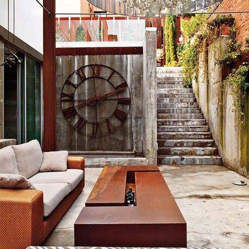 Фотография: Балкон, Терраса в стиле Прованс и Кантри, Современный, Декор интерьера, Часы, Декор дома – фото на INMYROOM