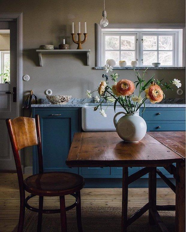Фотография: Кухня и столовая в стиле Прованс и Кантри, Советы, кухня, кухонная мебель, Чистота на кухне – фото на INMYROOM