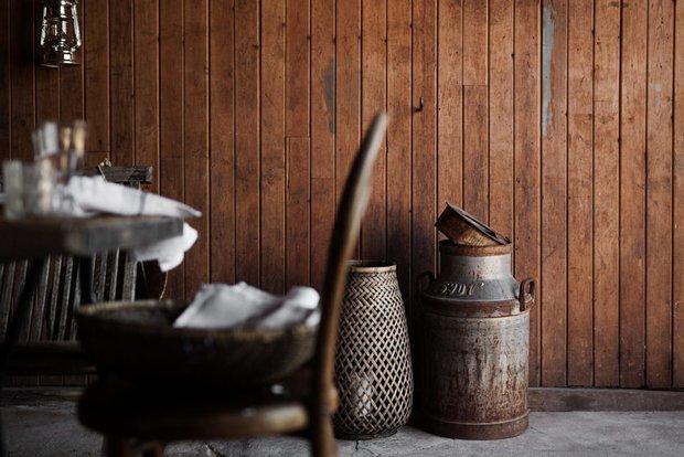 Фотография: Кухня и столовая в стиле Прованс и Кантри, Скандинавский, Декор интерьера, Дом, Швеция, Декор дома, Белый, Стокгольм, Серый, уютный минимализм – фото на INMYROOM