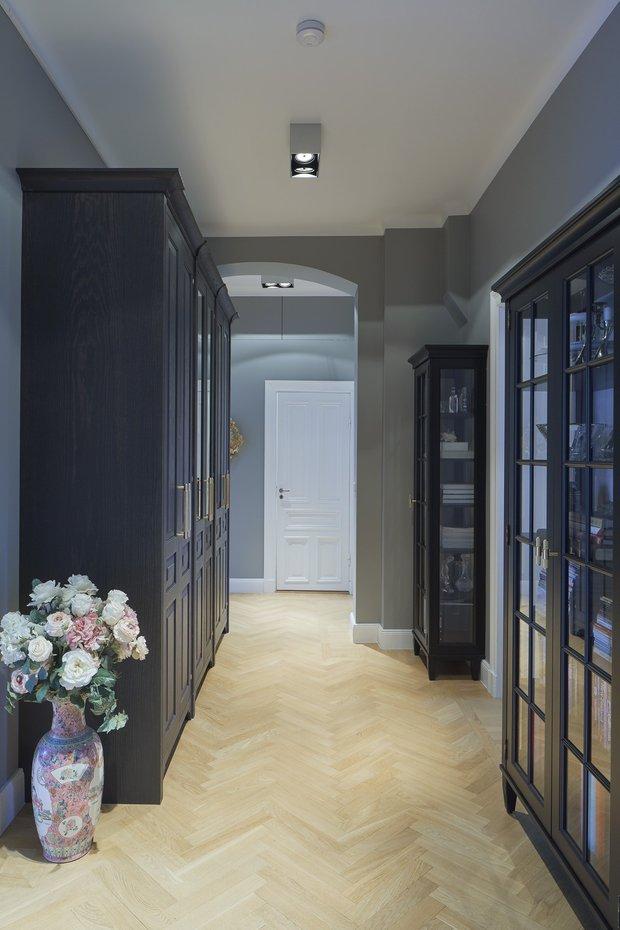 Фотография: Прихожая в стиле Классический, Современный, Декор интерьера, Квартира, 4 и больше, Более 90 метров – фото на INMYROOM