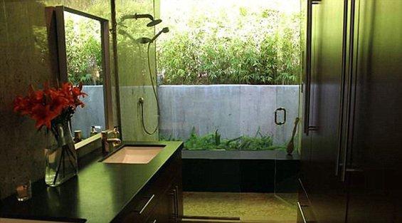 Фотография: Ванная в стиле Лофт, Дома и квартиры, Интерьеры звезд – фото на INMYROOM