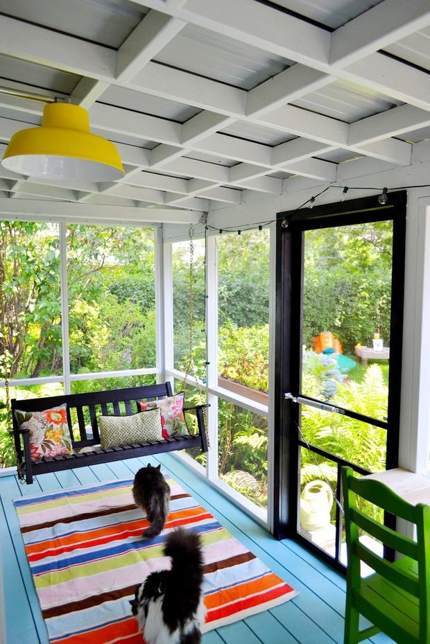 Фотография: Балкон, Терраса в стиле Прованс и Кантри, Современный, Декор интерьера, Цвет в интерьере, Индустрия, Новости, Маркет, Ковер – фото на INMYROOM