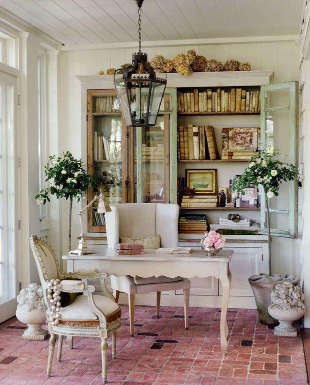 Фотография: Кабинет в стиле Прованс и Кантри, Декор интерьера, Квартира, Дом, Декор, Шебби-шик – фото на INMYROOM