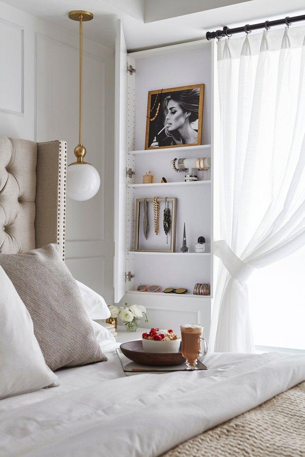 Фотография: Спальня в стиле Современный, Декор интерьера, Квартира, США, Белый, Черный, Бежевый, 40-60 метров – фото на INMYROOM