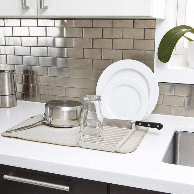 Фотография: Кухня и столовая в стиле Минимализм, Советы, уборка, уборка квартиры – фото на INMYROOM