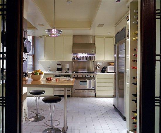 Фотография: Кухня и столовая в стиле Современный, Дома и квартиры, Интерьеры звезд, Ар-деко – фото на INMYROOM