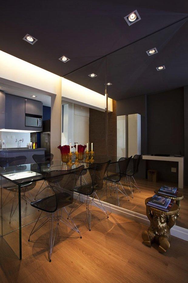Фотография: Кухня и столовая в стиле Современный, Хай-тек, Интерьер комнат, Обеденная зона – фото на INMYROOM