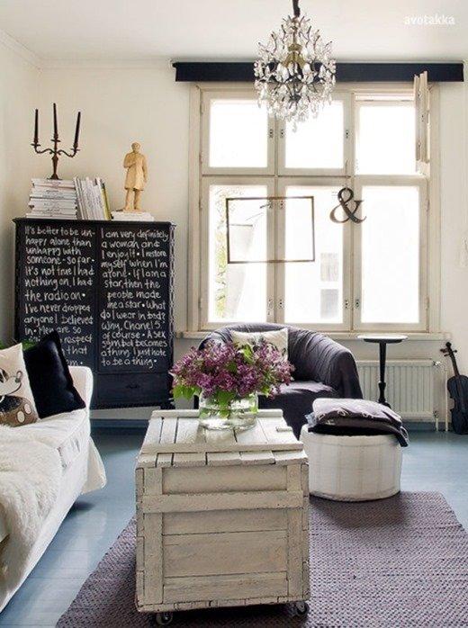 Фотография: Гостиная в стиле Прованс и Кантри, Скандинавский, Декор интерьера, Мебель и свет – фото на INMYROOM