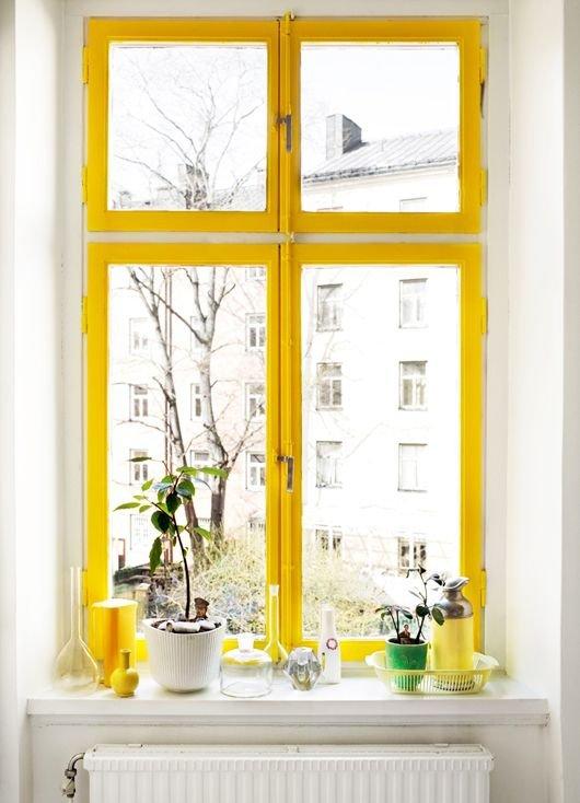 Фотография:  в стиле , Советы, Ремонт на практике, дизайн-хаки для маленькой спальни, окрашивание поверхностей, работа с краской – фото на INMYROOM