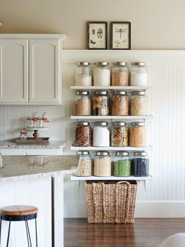 Фотография: Кухня и столовая в стиле Прованс и Кантри, Малогабаритная квартира, Квартира – фото на INMYROOM