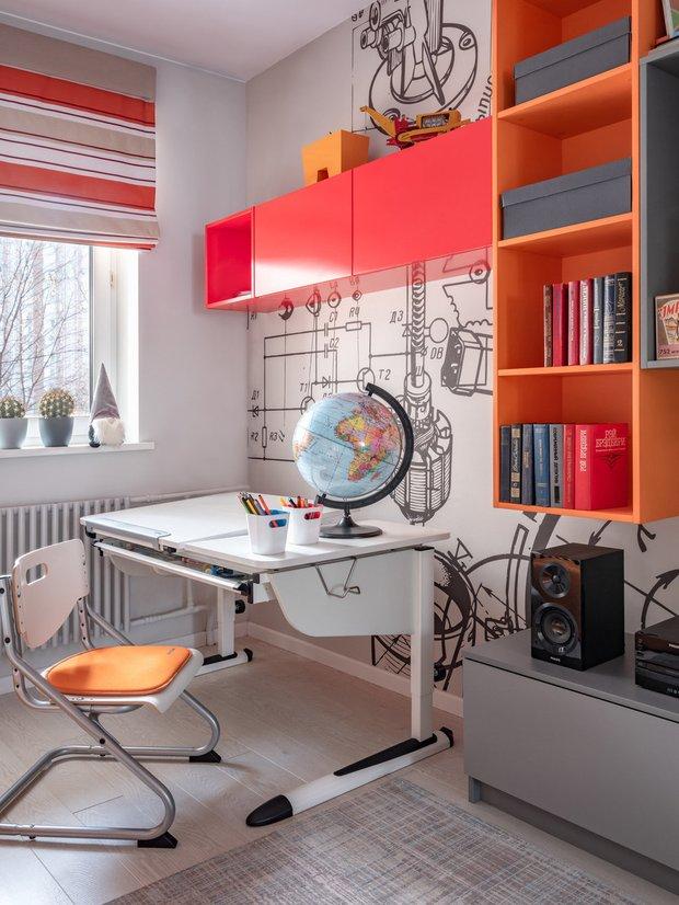Фотография:  в стиле , Детская, Советы, Полина Агафонова, рабочее место школьника – фото на INMYROOM