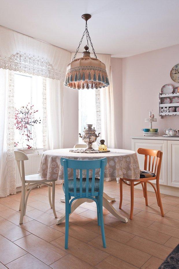 Фотография: Кухня и столовая в стиле Прованс и Кантри, Декор интерьера, Дом, Проект недели – фото на INMYROOM